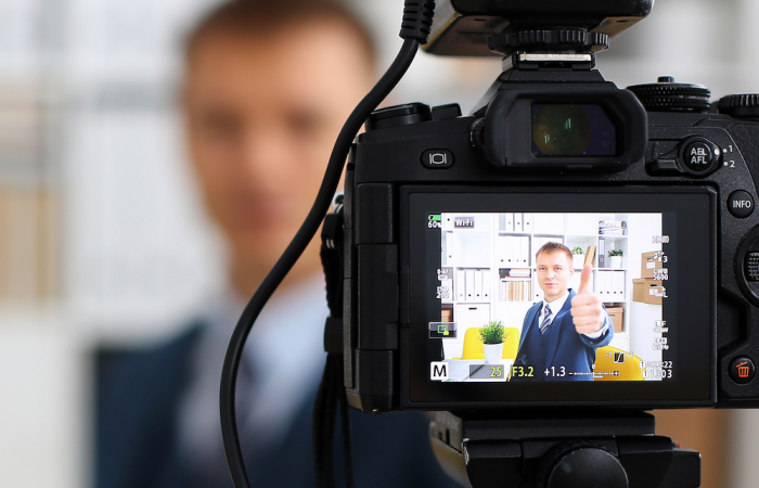 Top 6 Tips for Veterans to Create Video Resumes